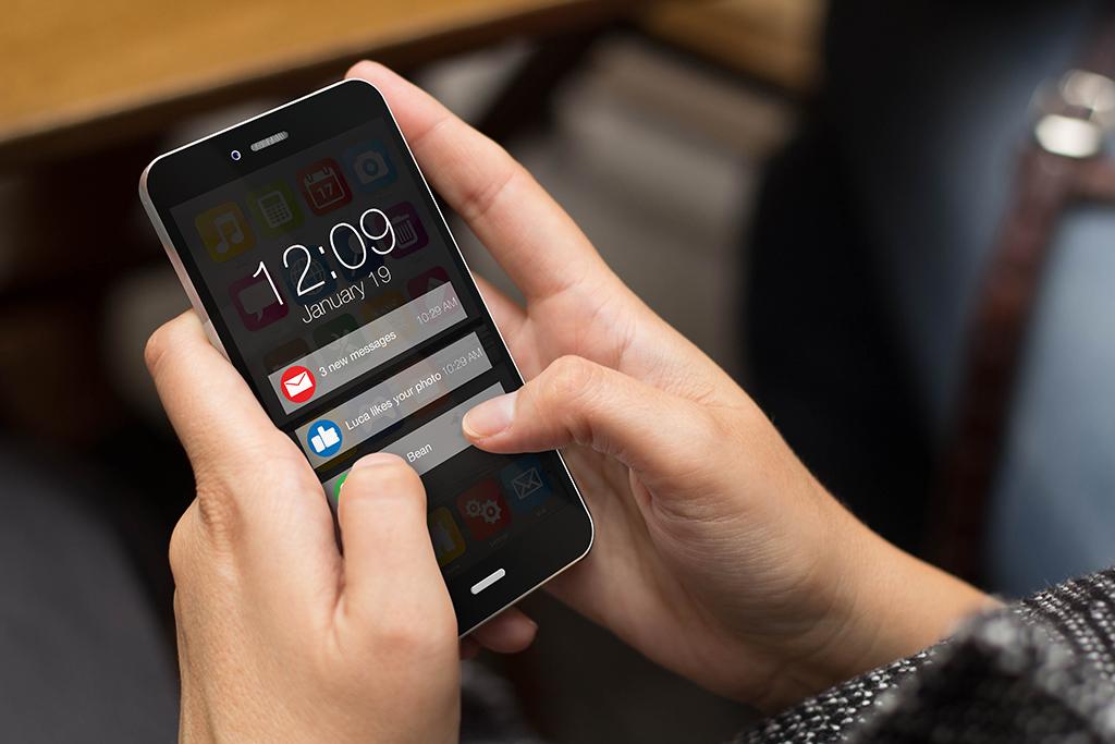 | 라이브 커머스 시작 3분 전, 2분 전에 타겟 고객에게 앱 푸시 메시지를 발송. 라이브 방송에 접속하게 만들 수 있다